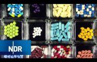 Ärzte, Medikamente und das große Geld   Doku   45 Min   NDR