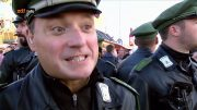 GER Spiegel aufgedeckt [Polizei-Doku] Nachtschicht im Einsatz and Großeinsatz auf dem Oktoberfest