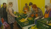 Kein Geld für'n Supermarkt – Der schwere Gang zur Tafel [DOKU/2018/HD]