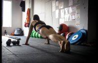 Mädchen übertrainiert Kampfkunst in China Doku 2018 Deutsch in HD