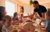 Papa, Mama und 8 Kinder