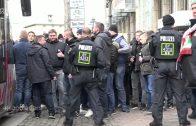 Übermenschliche Leistungen der Polizei  Deutsch